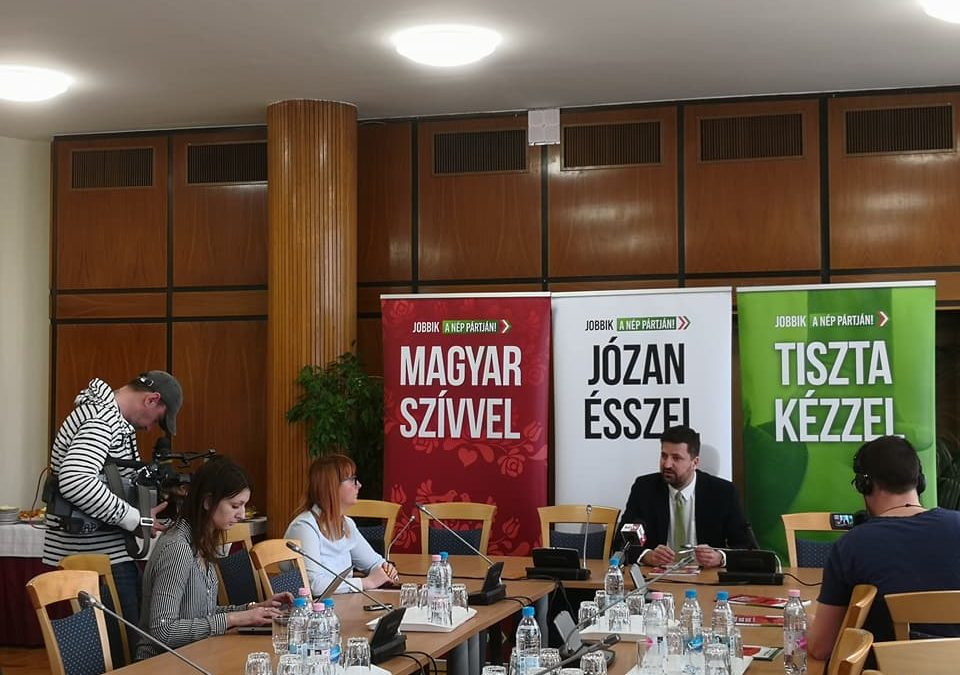 Bemutatta környezetvédelmi programját a Jobbik