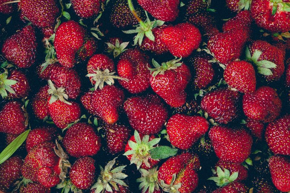 Határérték alatt a növényvédő szer a bolti földieperben, de együttesen veszélyes lehet